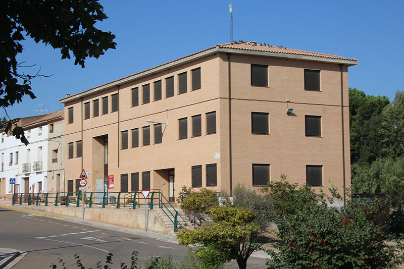 Edificio de usos sociales